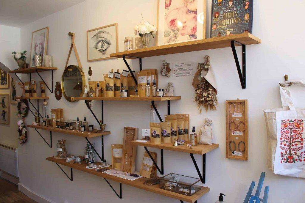 A photo of the interior of the Von Grut tea shop.