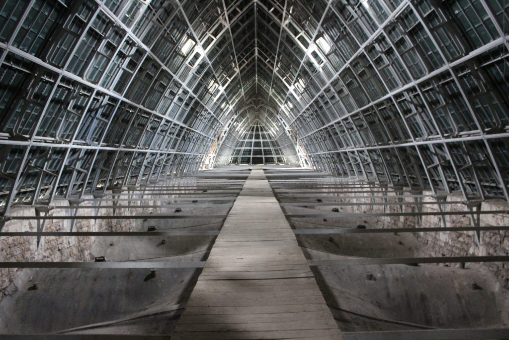 A photo of the iron framework of the inside of the roof of Chartres Cathedral.